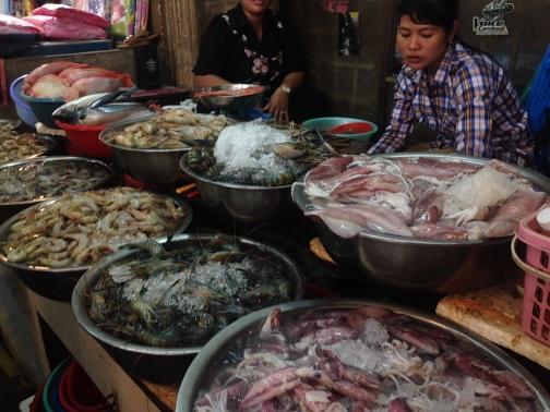 Scenes from Psar Chaa (Old Market) in Siem Reap